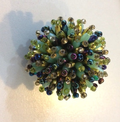 RIN 202 Colour beaded ring (any size)
