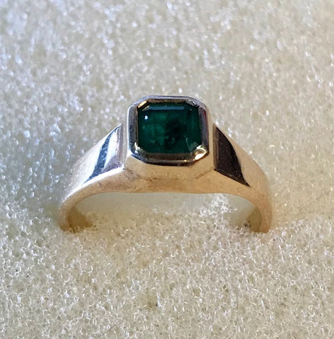 RIN 230 Emerald ring 18k with emerald size M