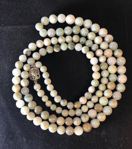 SP 198 Jade necklace 84cm long 6mm beads w/18k. white gold clasp
