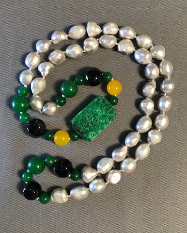 SP 342 Necklace w/silver baroque pearls, onyx and jade yellow.