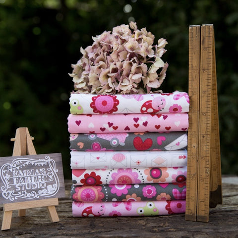 The 'Pink' Fat Quarter Bundle - Spectrum Solids - Makower