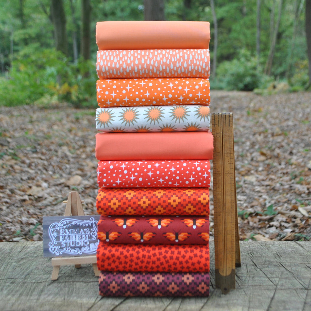 The 'Elizabeth Hartman ORANGE' Fat Quarter Bundle - Robert Kaufman