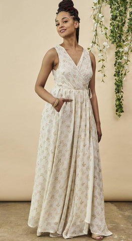 Chiffon Maxi Dress in Pointed Stars
