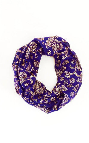 Kissing Elephants Infinity Scarf in Red & Cream