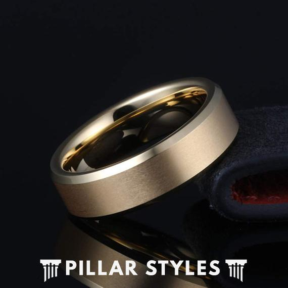 18K Gold Ring Mens Wedding Band with Beveled Edges - Pillar Styles