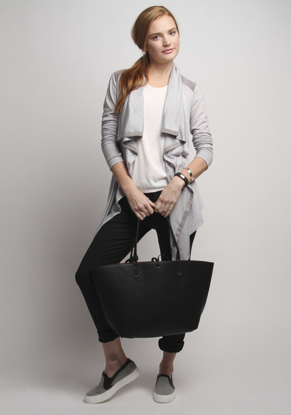 24/7 Pants Jet Black & Good-to-Go Cardi Mist Grey Combo Pack