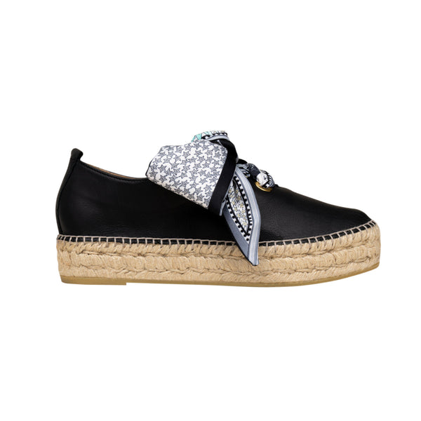 RUNNI Black espadrilles