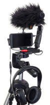 Smartphone Streaming Video Rig with COMICA CVM-V30 Shotgun Microphone and Breakout Cord on stand with wind muff