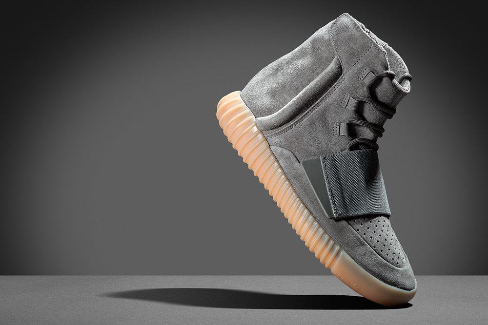 Yeezy Boost 750 Light Grey Tiptoe