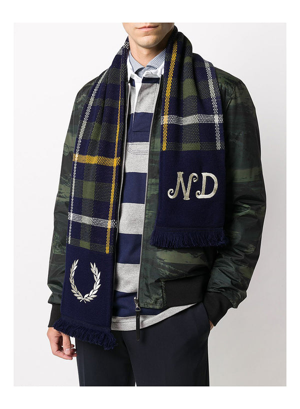 Knitted Tartan Scarf - Shaded Navy