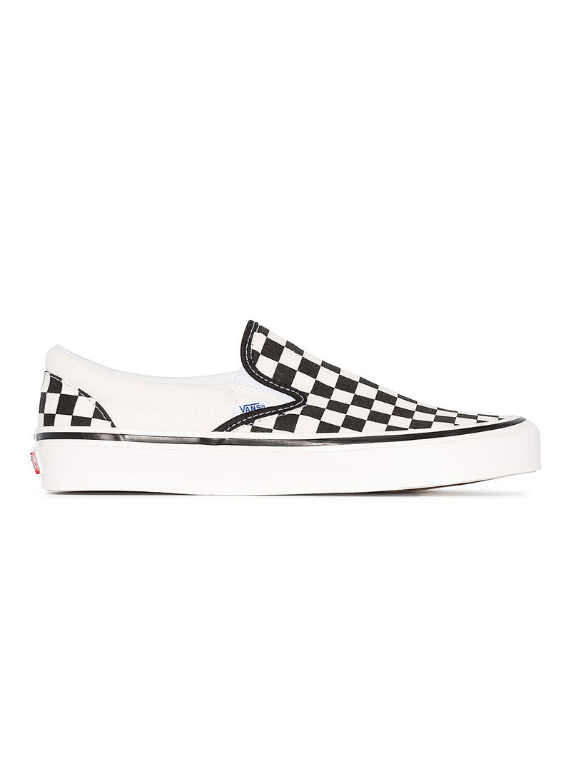vans classic slipon 98 dx trainer black white aw 2020