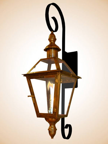 Flambeaux Bourbon St Chartres Scroll Wall Mount Lamp