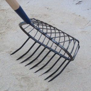 "R.A. RIBB COMPANY STEEL ""SNAPPIN' TURTLE"" RAKE NO 6"