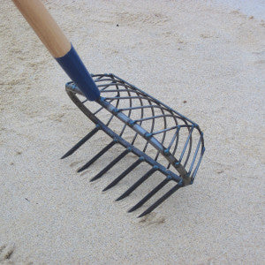 R.A. RIBB COMPANY STAINLESS TURTLE-BACK STRATCH RAKE NO 17