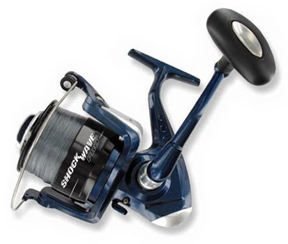 TSUNAMI SHOCK WAVE PRO SPINNING REEL