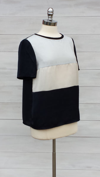 Contrast front blouse. Mexx. Navy/grey/beige