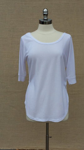 Lilium light knit tunic top.Orb. White