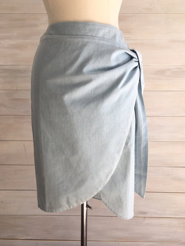 Wrap Chambray skirt. Oxford wash. Kersch