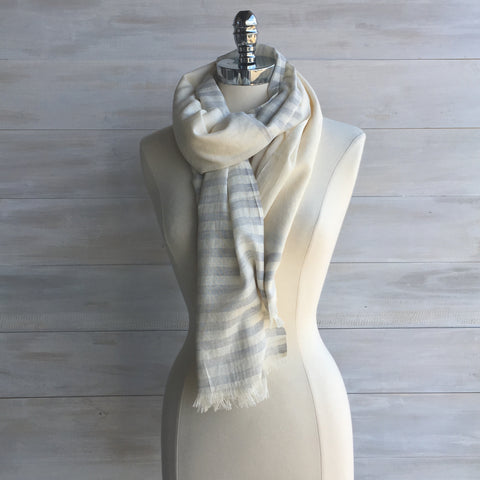 Half stripe scarf. Fair Trade. Grey/Cream