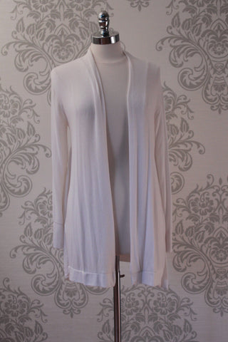 Lightweight belted cardigan. Ecru / off white. Diabolika
