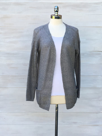 Relaxed cardigan with pockets. b.young. Light Grey