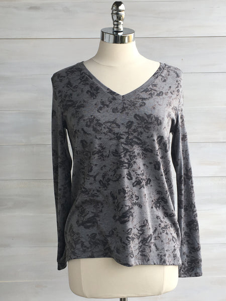 Clove long sleeved v-neck top. Orb. Grey vintage floral