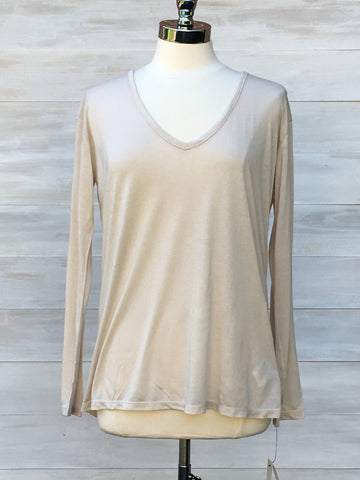 Soft v neck long sleeved top. Press. Nude Beige