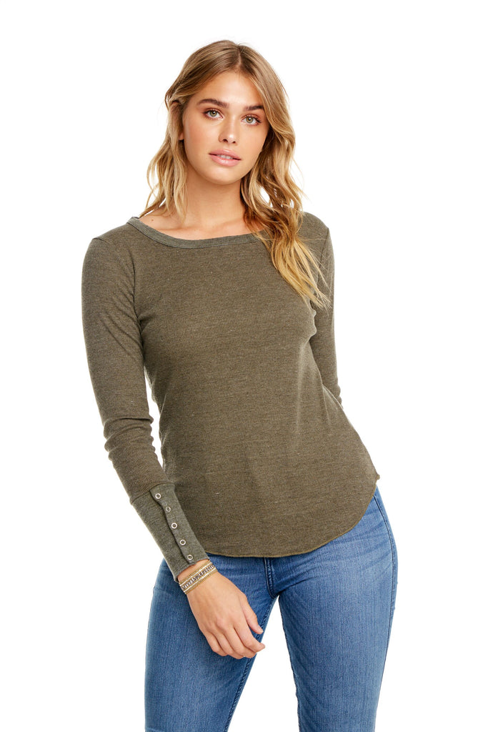 Rib crew neck long sleeved top with snap cuff. Chaser. Juniper