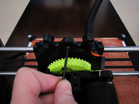 Lulzbot Taz Hexagon Hot End Remove Top Mounting Screw