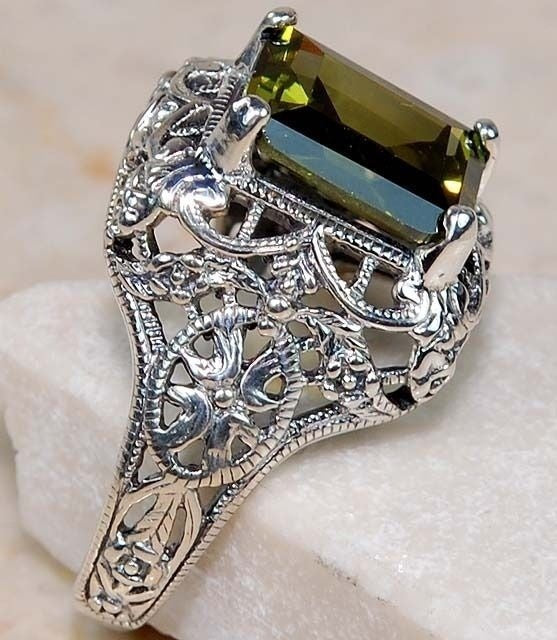 Peridot 925 sterling silver Art Nouveau Filigree Fashion jewelry wedding ring  Sz 6-10