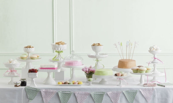 White Round Rimmed Cake Stand