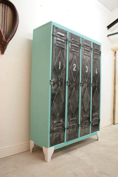 1950's 4 door lockers from Renault factory with diamond detailing - TheRetroStation  - 6