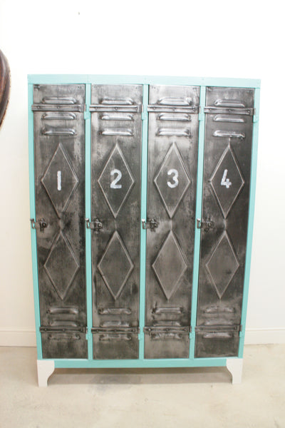 1950's 4 door lockers from Renault factory with diamond detailing - TheRetroStation  - 9