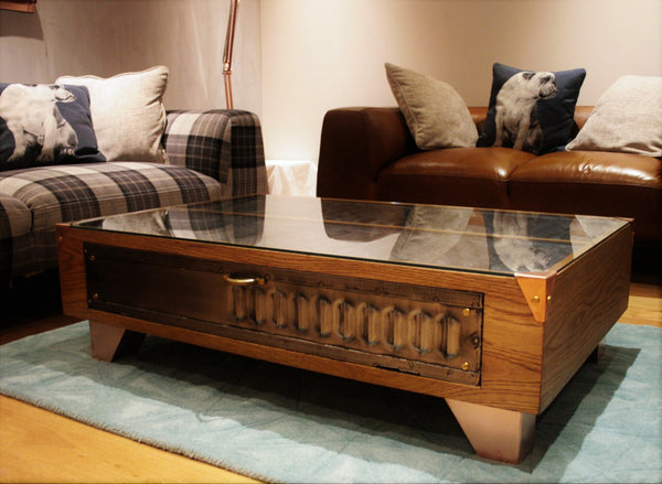 Vintage Industrial Oak Coffee Table with Copper feet - TheRetroStation  - 6
