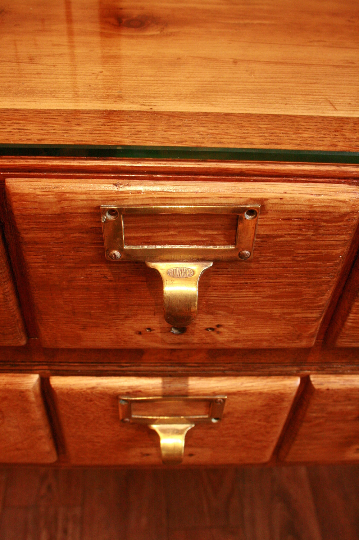 Vintage Oak Libary Drawers - TheRetroStation  - 3