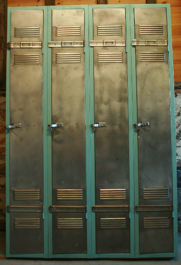 Vintage Industrial 4 Door Locker - TheRetroStation  - 8