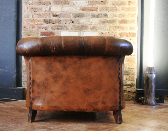 Vinatge Brown Leather Chesterfield Armchair - TheRetroStation  - 3