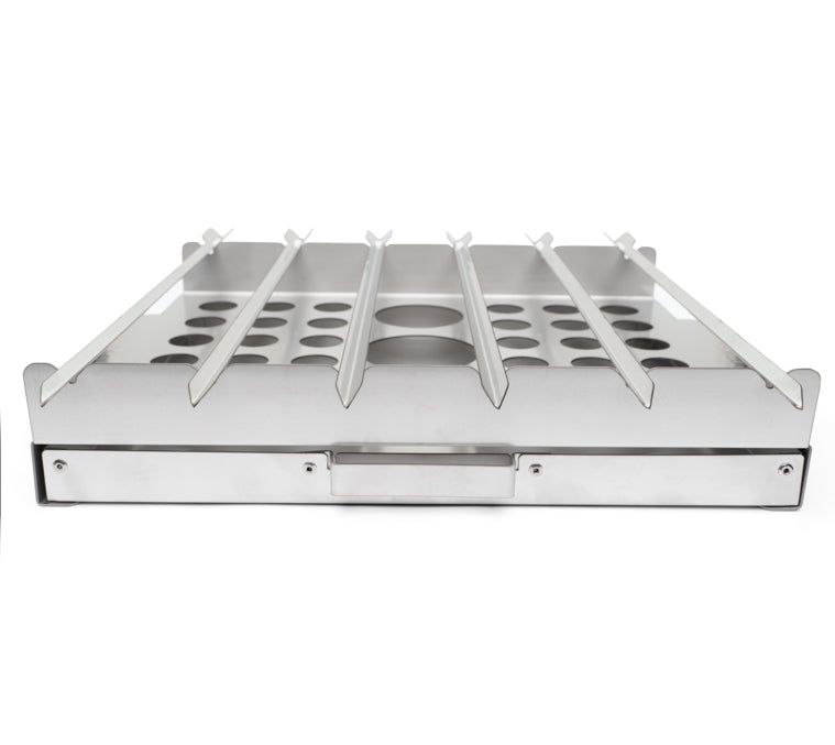 Easily removable smoker tray