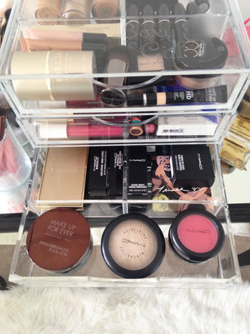 Boxy Girl Makeup Box