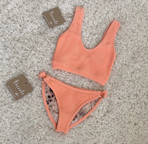 Lennie Vega Reversible Set (Peach / Leopard) • De Sol