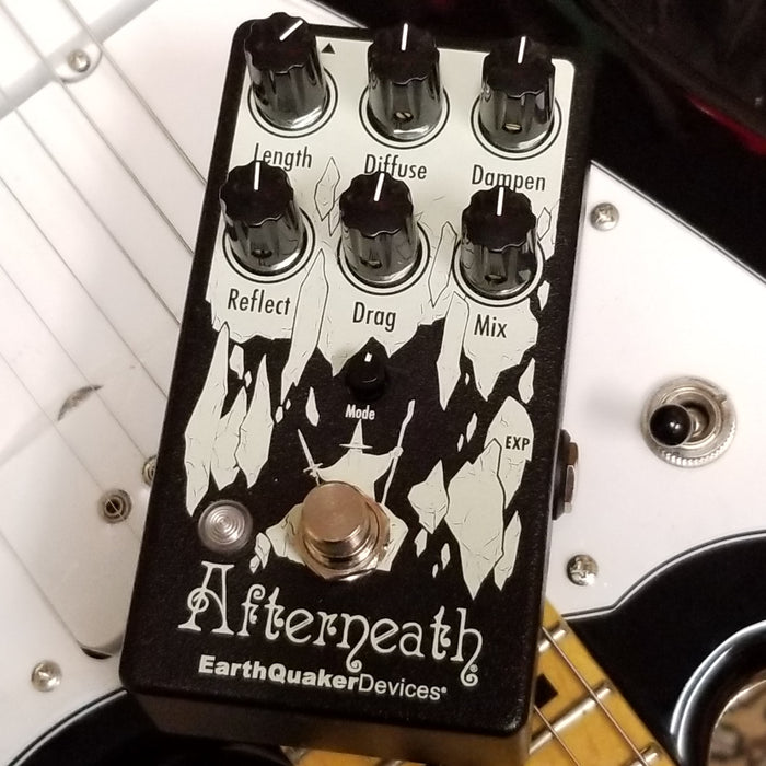 EarthQuaker Devices - Afterneath V3 Delay/Reverb
