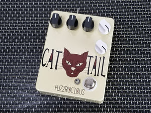 Fuzzrocious Pedals The Cat Tail