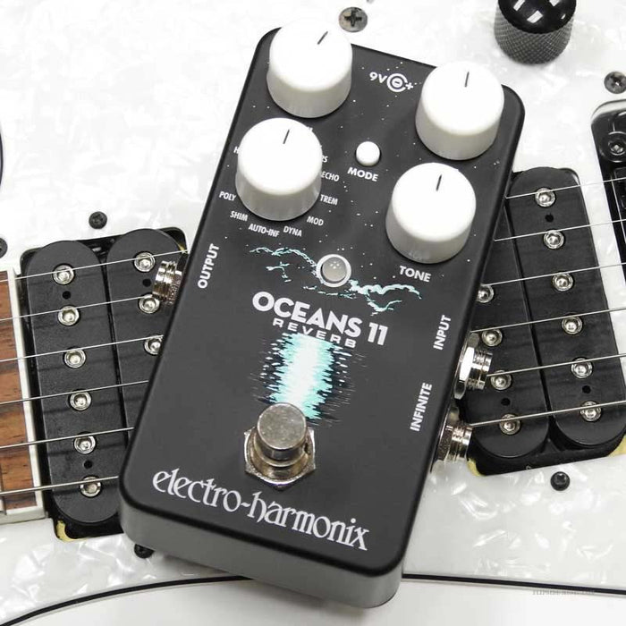 Electro-Harmonix Oceans 11 Multi-Reverb Effects Pedal