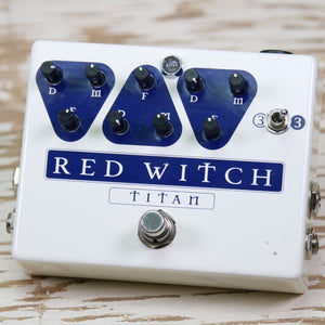 Used: Red Witch Titan Delay w/FX-Loop