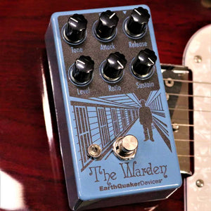 EarthQuaker Devices  - The Warden Optical Compressor