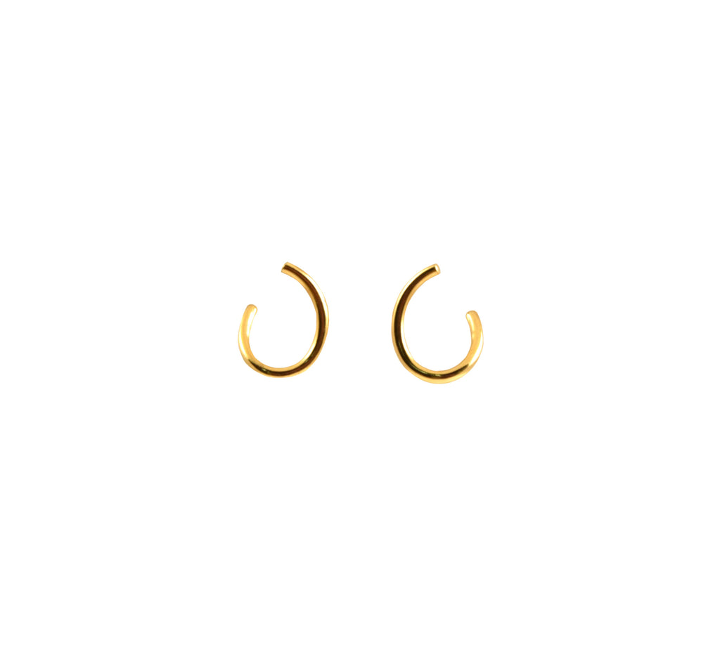 Curve Stud - Yellow Gold