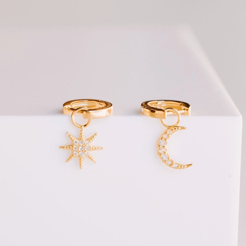 Pave Moon Charm - Yellow Gold