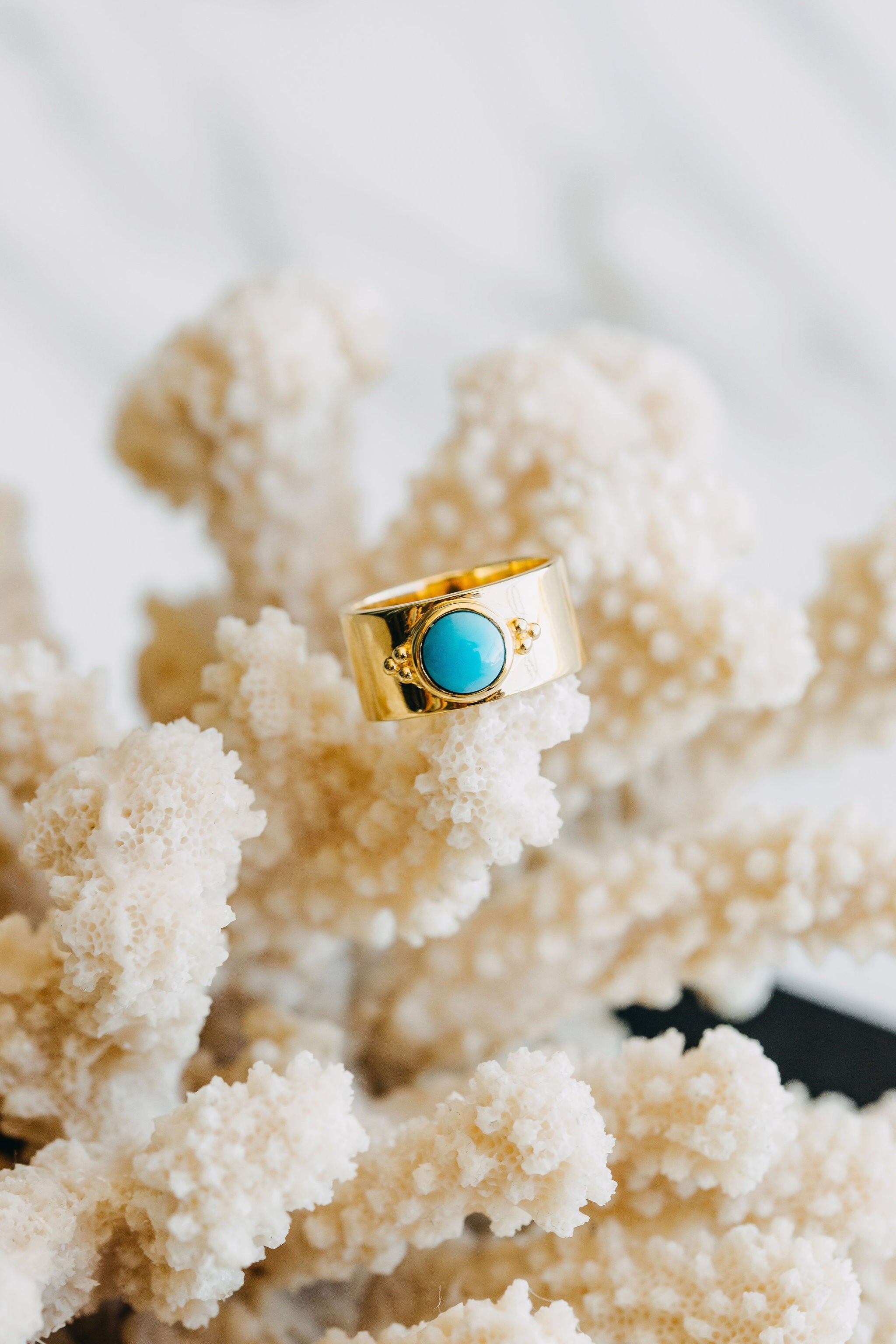 Lucky bay turquoise ring, sterling silver, yellow gold plated