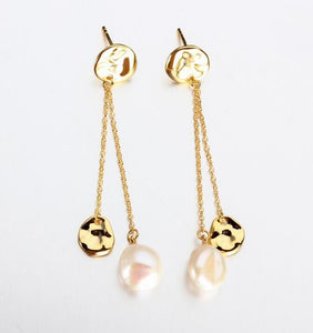 Venus Baroque Pearl Drop Earrings - Yellow Gold
