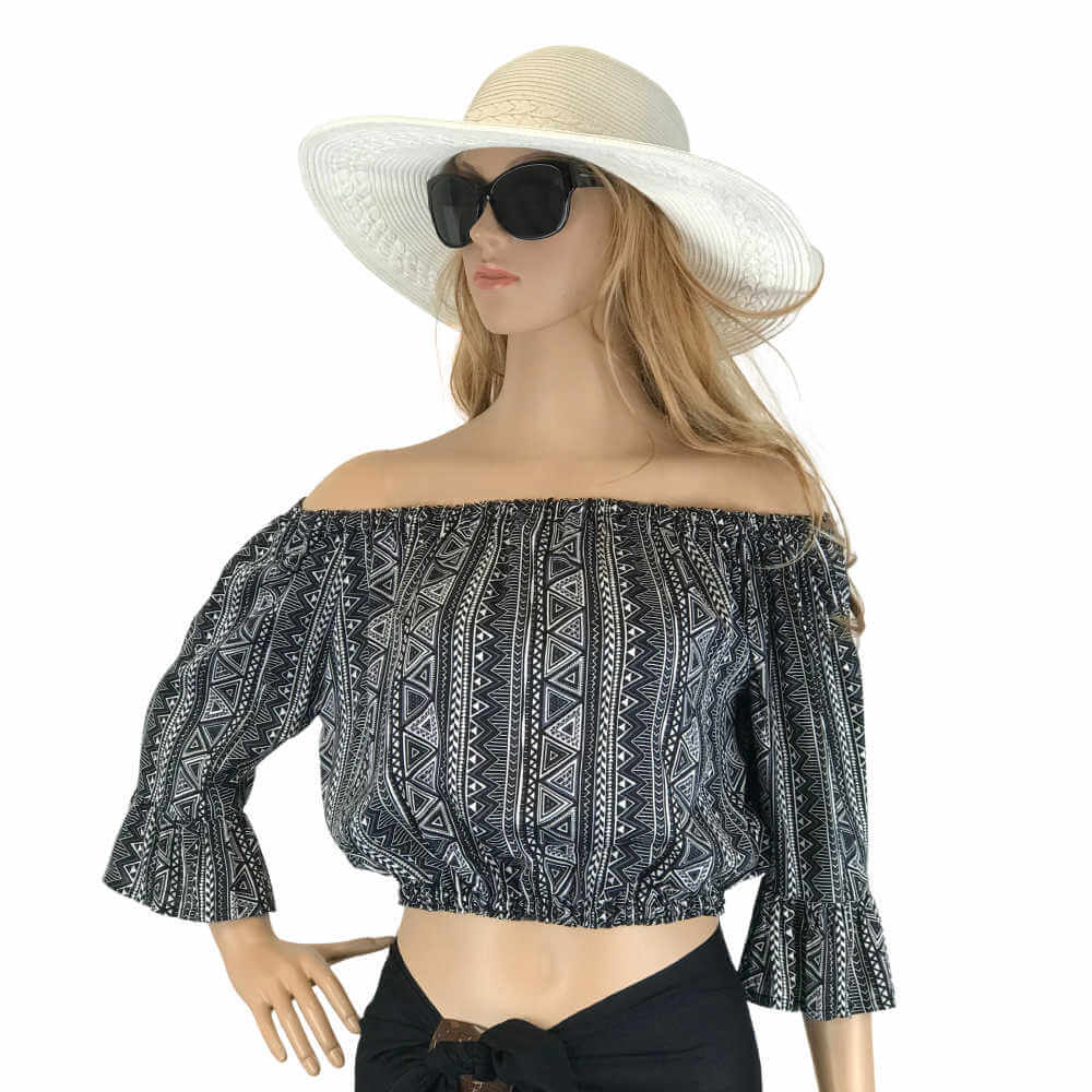 Off-the-Shoulder-Strapless-Crop-Top-geometric-print-black-white